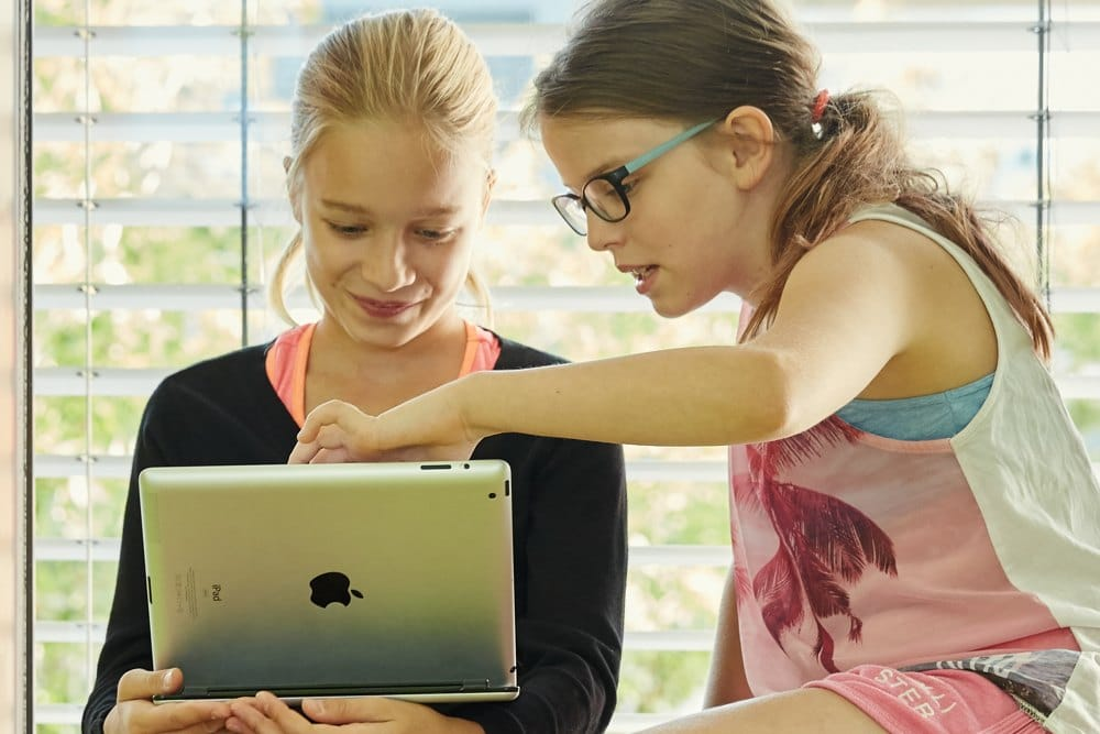 E-Learning at the FIS in Middle School